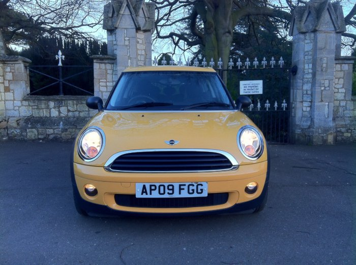 Mini Clubman 1.4 One 5dr Estate Petrol Yellow