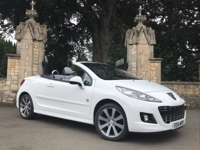 Peugeot 207 1.6 VTi Roland Garros 2dr Convertible Petrol WhitePeugeot 207 1.6 VTi Roland Garros 2dr Convertible Petrol White at New March Car Centre March