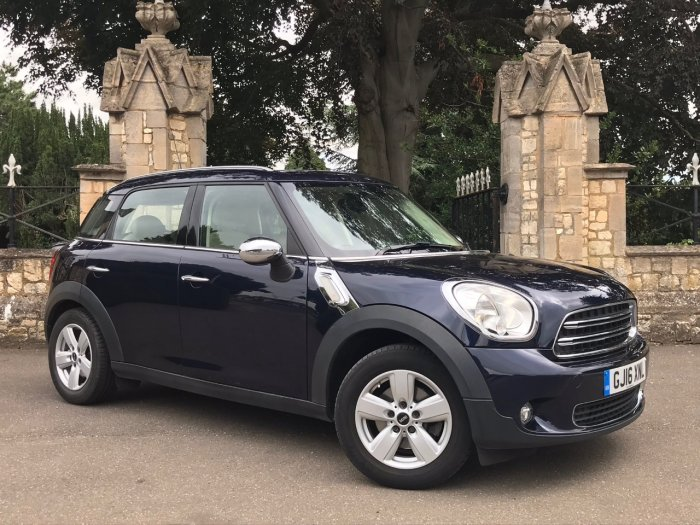Mini Countryman 1.6 One 5dr Leather Seats Hatchback Petrol Blue