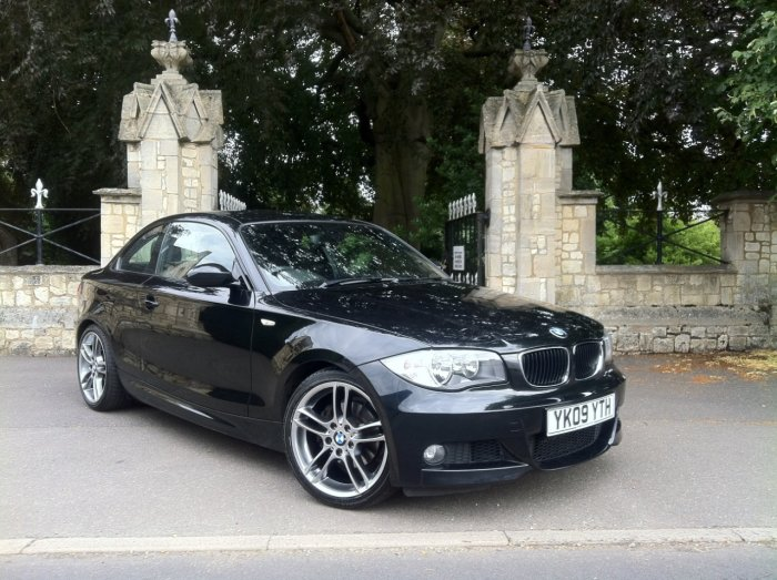 BMW 1 Series 3.0 125i M Sport 2dr Coupe Petrol Black