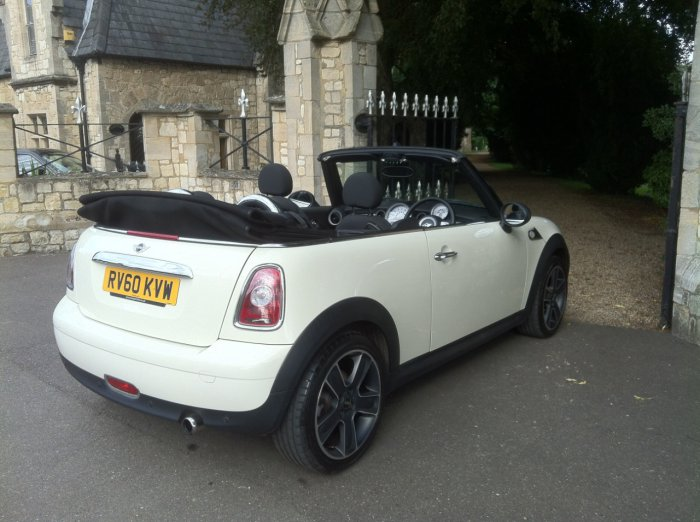 Mini Convertible 1.6 One 2dr Convertible Petrol White