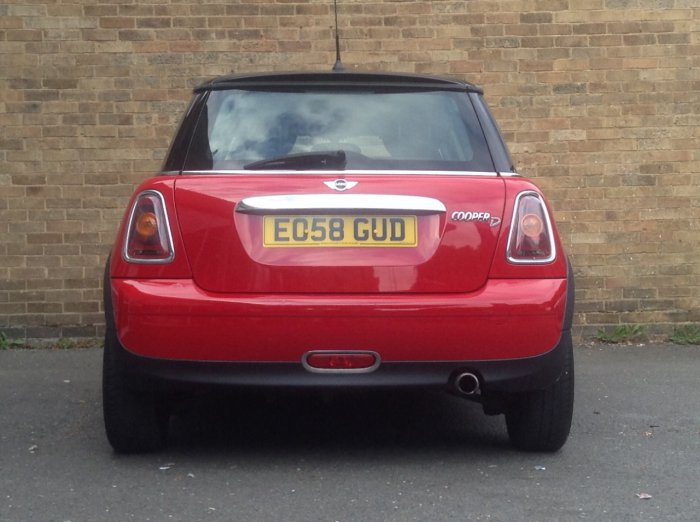Mini Hatchback 1.6 Cooper D 3dr Hatchback Diesel Red