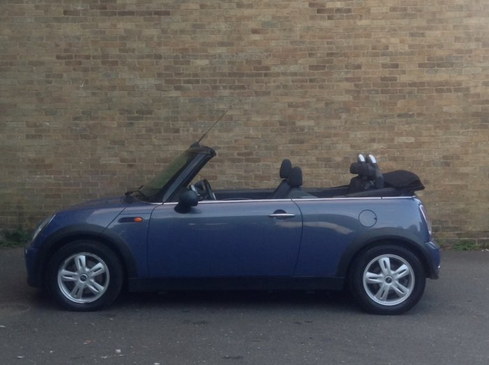 Mini Convertible 1.6 One 2dr Convertible Petrol Blue
