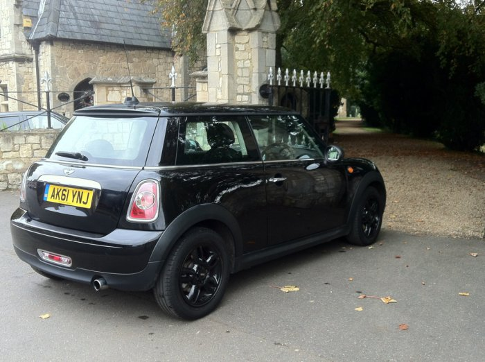 Mini Hatchback 1.6 One - Pepper Pack Hatchback Petrol Black