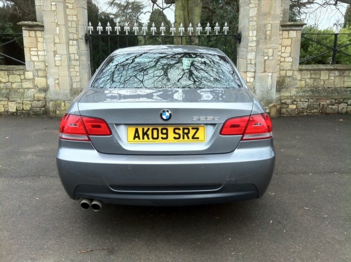 BMW 3 Series 3.0 325d M Sport 2dr Coupe Diesel Grey