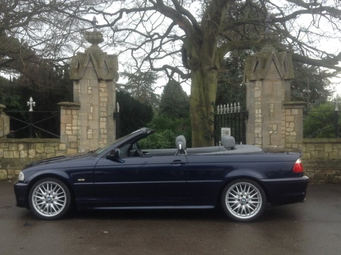 BMW 3 Series 2.5 325 Ci Sport 2dr Auto Convertible Petrol Blue
