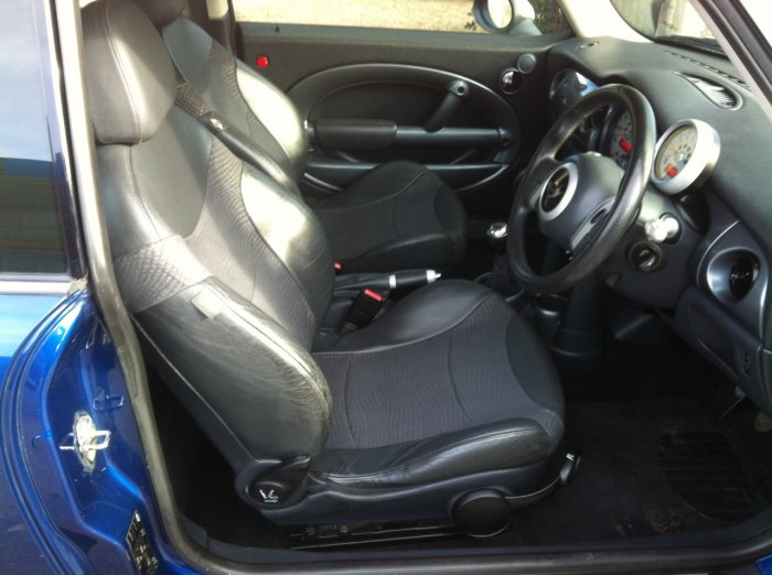 Mini Hatchback 1.6 Cooper 3dr Hatchback Petrol Blue