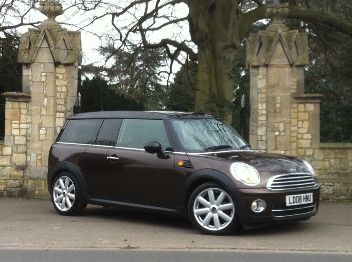 Mini Clubman 1.6 Cooper D 5dr Estate Diesel Brown