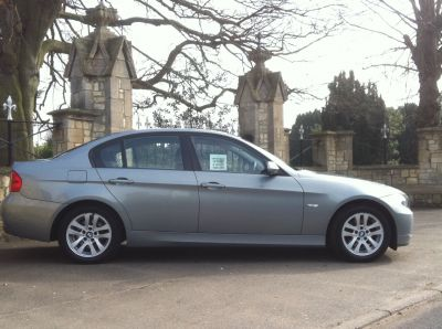 BMW 3 Series 2.0 320d SE LEATHER Saloon Diesel GreyBMW 3 Series 2.0 320d SE LEATHER Saloon Diesel Grey at New March Car Centre March