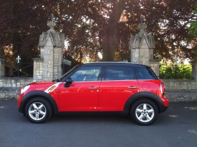 Mini Countryman 1.6 Cooper D ALL4 5dr Hatchback Diesel RedMini Countryman 1.6 Cooper D ALL4 5dr Hatchback Diesel Red at New March Car Centre March