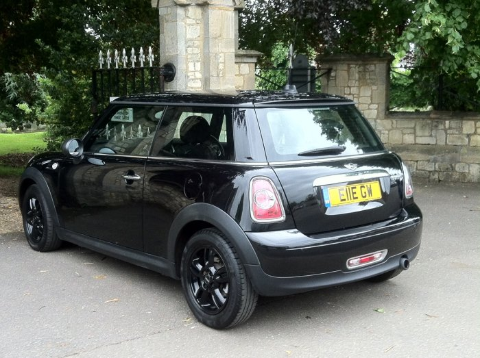 Mini Hatchback 1.6 One D 3dr Hatchback Diesel Black