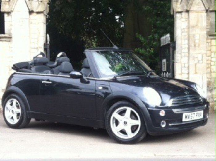 Mini Convertible 1.6 One 2dr Convertible Petrol Black