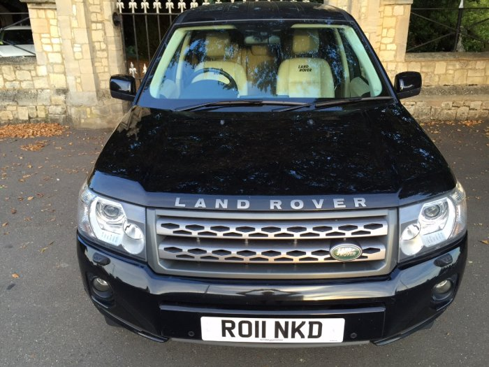 Land Rover Freelander 2.2 TD4 S 5dr Estate Diesel Black