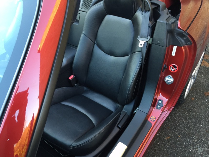 Mazda MX-5 2.0i Sport Tech Hard Top 2dr Convertible Petrol Red