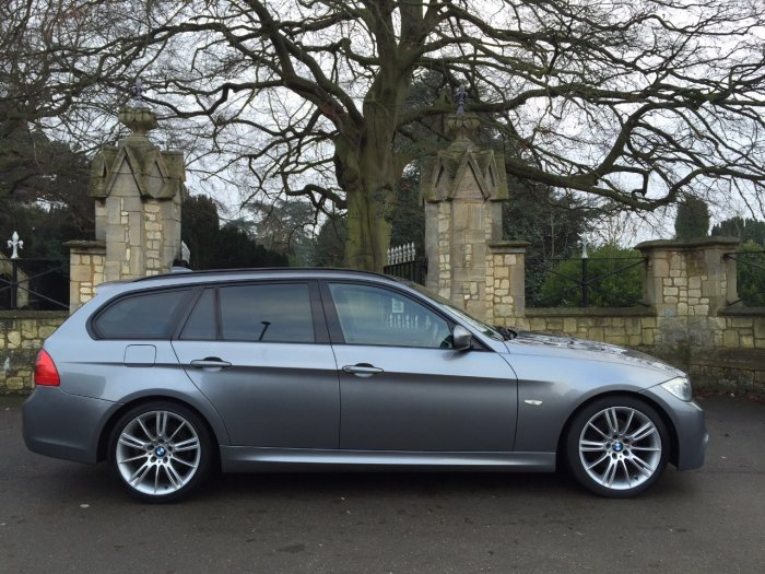 BMW 3 Series 2.0 320d [184] M Sport 5dr Estate Diesel Grey