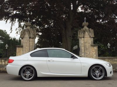 BMW 3 Series 3.0 330d Sport Plus 2dr Step Auto Coupe Diesel WhiteBMW 3 Series 3.0 330d Sport Plus 2dr Step Auto Coupe Diesel White at New March Car Centre March