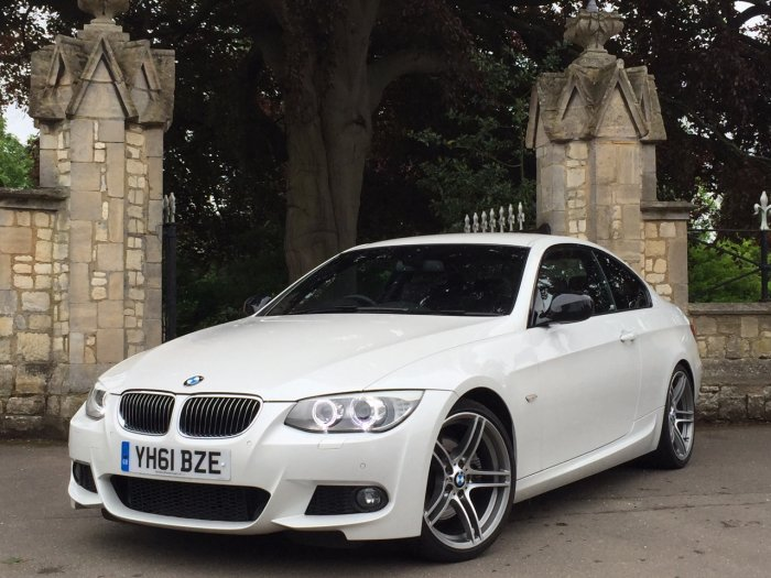 BMW 3 Series 3.0 330d Sport Plus 2dr Step Auto Coupe Diesel White