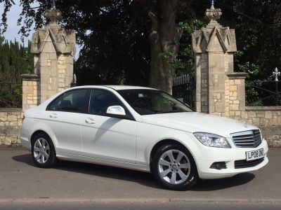 Mercedes-Benz C Class 2.1 C220 CDI SE 4dr Auto Saloon Diesel WhiteMercedes-Benz C Class 2.1 C220 CDI SE 4dr Auto Saloon Diesel White at New March Car Centre March