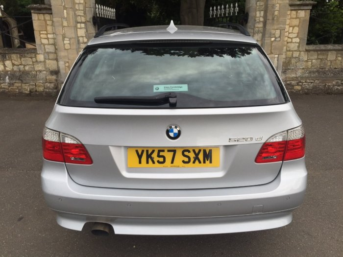 BMW 5 Series 2.0 520d SE 5dr Step Auto Estate Diesel Silver
