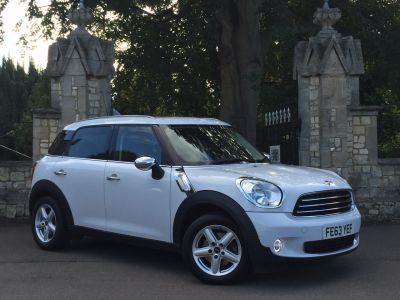 Mini Countryman 1.6 One D 5dr Hatchback Diesel WhiteMini Countryman 1.6 One D 5dr Hatchback Diesel White at New March Car Centre March