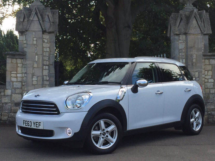 Mini Countryman 1.6 One D 5dr Hatchback Diesel White
