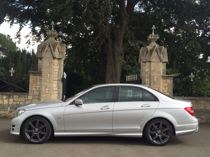 Mercedes-Benz C Class 2.1 C250 CDI BlueEFFICIENCY Sport 4dr Saloon Diesel Silver