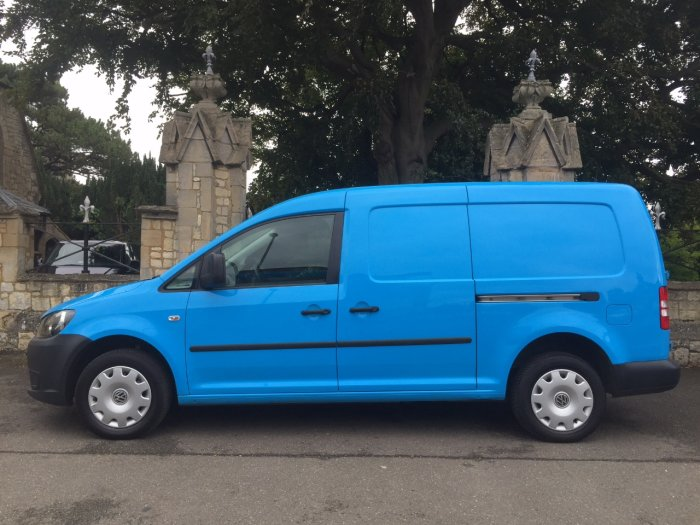 Volkswagen Caddy 1.6 TDI 102PS Van Panel Van Diesel Blue