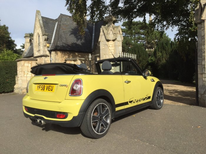 Mini Convertible 1.6 Cooper S 2dr Convertible Petrol Yellow