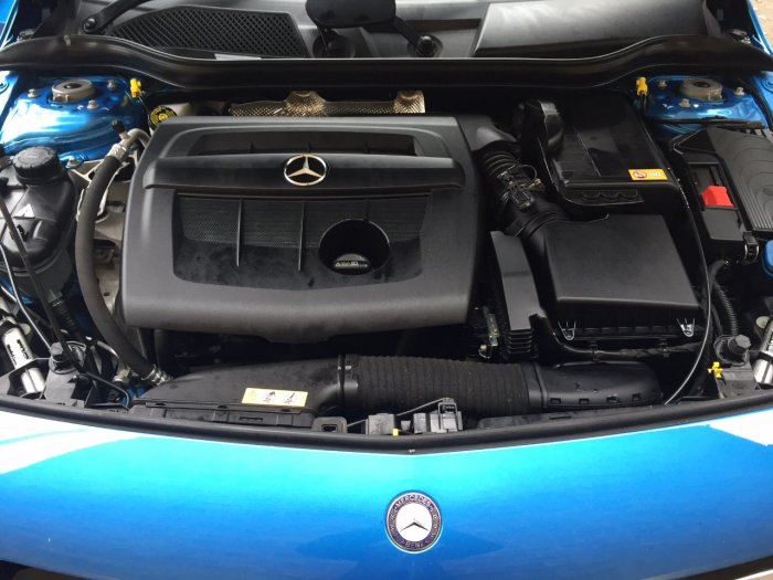 Mercedes-Benz A Class 1.5 A180 BLUEEFFICIENCY SPORT Hatchback Diesel South Seas Blue