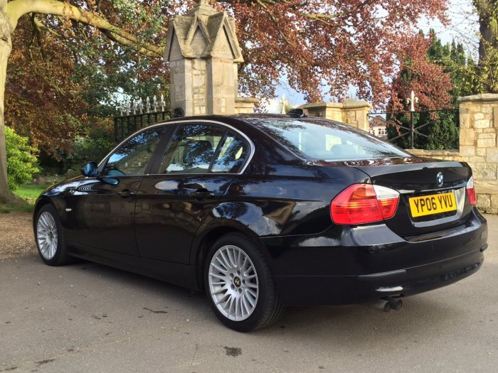 BMW 3 Series 2.5 325i SE 4dr Saloon Petrol Black