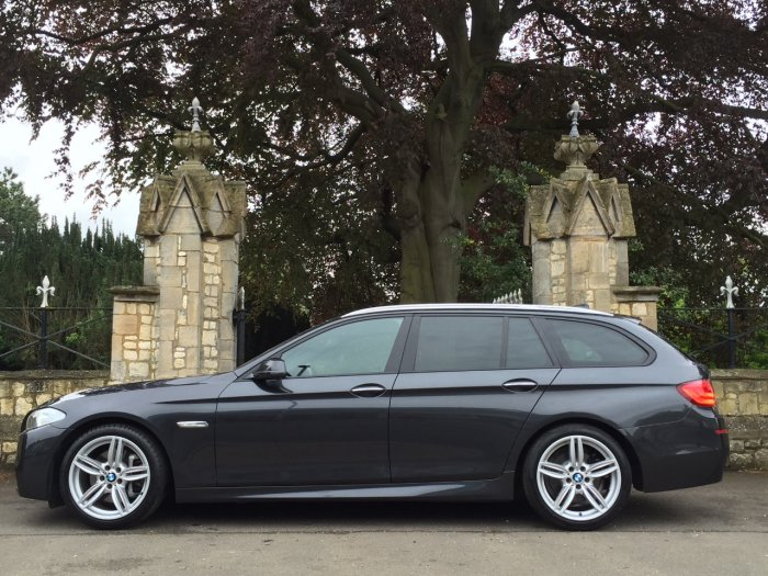 BMW 5 Series 3.0 525d M Sport Touring 5dr Step Auto 6 cylinder Estate Diesel Grey