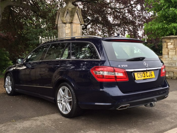 Mercedes-Benz E Class 3.0 E350 SPORT CDI BLUEEF-CY 7 SEATER Estate Diesel Blue