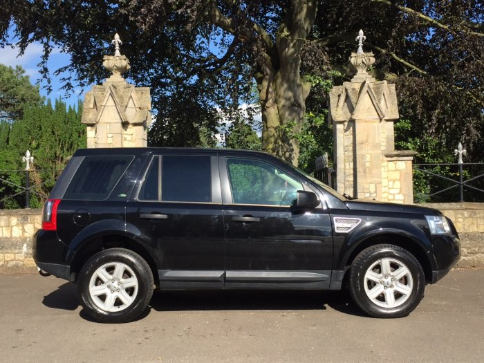 Land Rover Freelander 2.2 Td4 e GS 5dr Estate Diesel Black