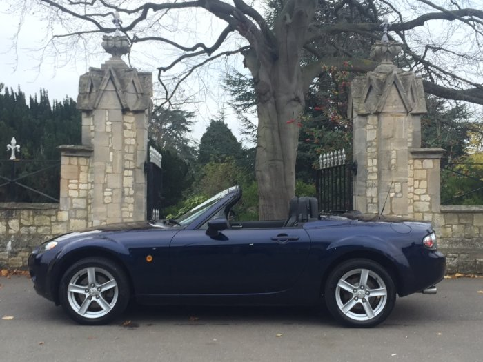 Mazda MX-5 1.8i [Option Pack] 2dr Folding Hard Top Convertible Petrol Blue