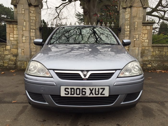 Vauxhall Corsa 1.2i 16V Active [80] 3dr AIR CON Hatchback Petrol Silver