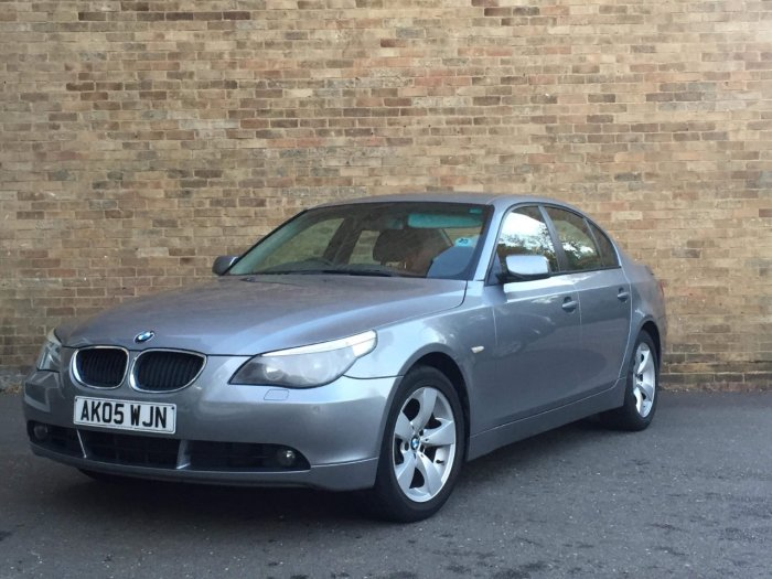 BMW 5 Series 3.0 530d SE 4dr Saloon Diesel Grey