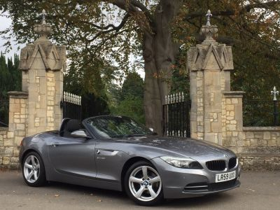 BMW Z4 2.5 23i sDrive 2dr Convertible Petrol GreyBMW Z4 2.5 23i sDrive 2dr Convertible Petrol Grey at New March Car Centre March