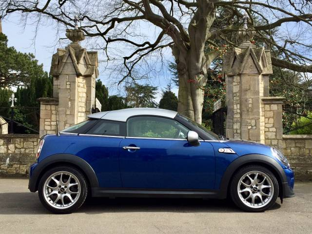 Mini Coupe 2.0 Cooper S D 3dr Coupe Diesel Blue