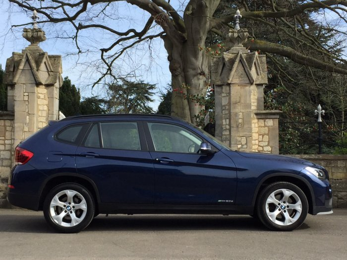 BMW X1 2.0 sDrive 20d EfficientDynamics Business 5dr Estate Diesel Blue