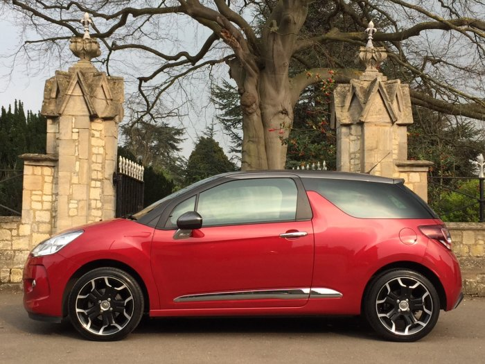 Citroen DS3 1.2 PureTech DStyle Plus 3dr Hatchback Petrol Red