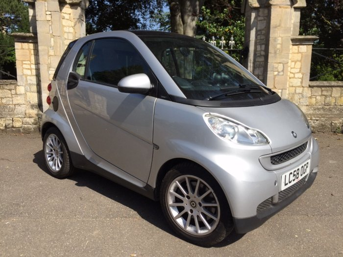 Smart Fortwo Coupe 1.0 Passion mhd 2dr Auto Coupe Petrol Silver
